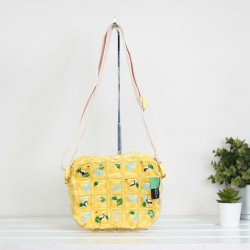 Messenger Bag-XXS-Pineapple yellow